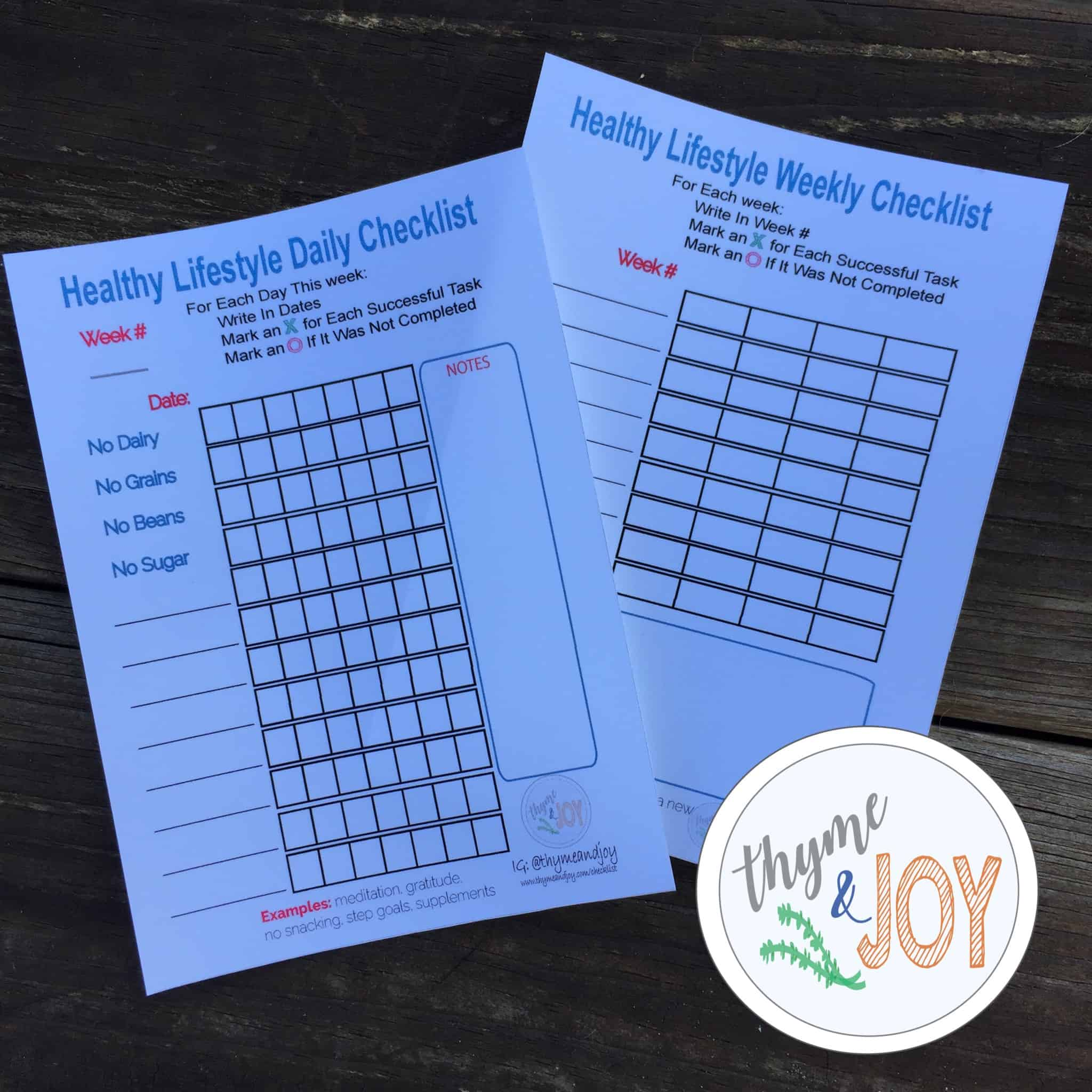 These healthy lifestyle checklists will keep you on track and motivated for any healthy lifestyle program. FREE PDF Printable! | Thyme + JOY