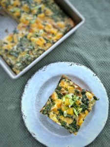 This kale butternut squash frittata is great for any meal and can be eaten hot, cold or on the go for a healthy meal or snack. #paleo #whole30 #glutenfree
