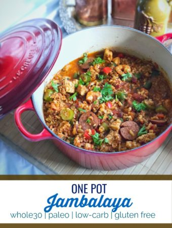 This one pot jambalaya is hearty, filling and makes a great meal to prep in large batches and is friendly with whole30, low-carb and gluten free diets. #whole30 #lowcarb #glutenfree #keto