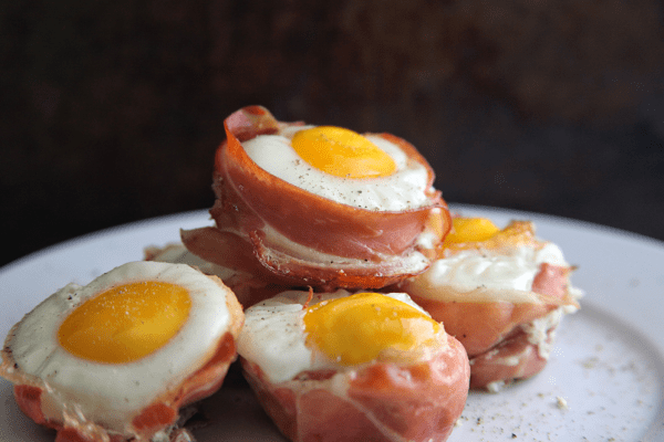 These Prosciutto Egg Cups are a simple low carb high protein snack or breakfast that can be made in a pinch with only 2 ingredients. #keto #whole30 #paleo